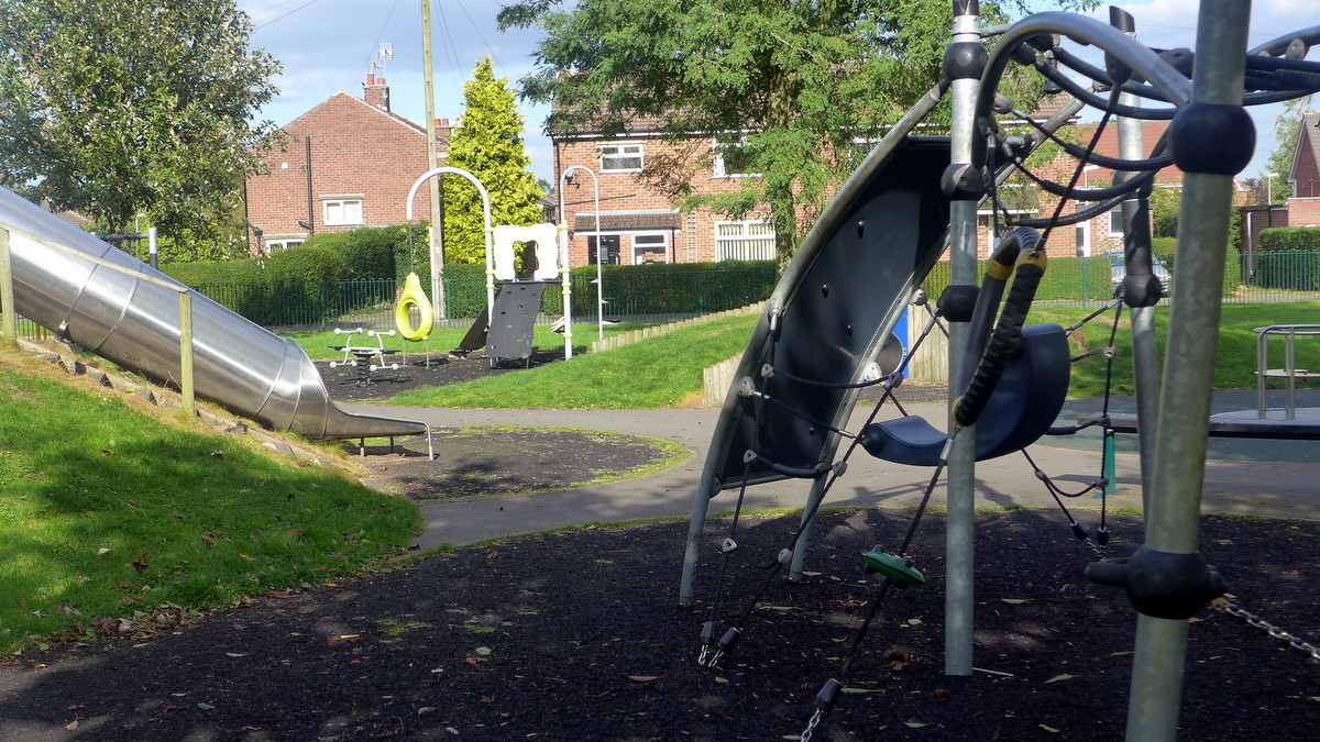 Boundary Lane Green - Jubilee Play Area